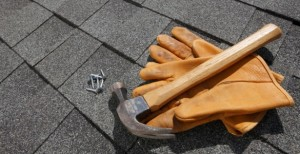 4 Reasons to Call a Roofing Contractor