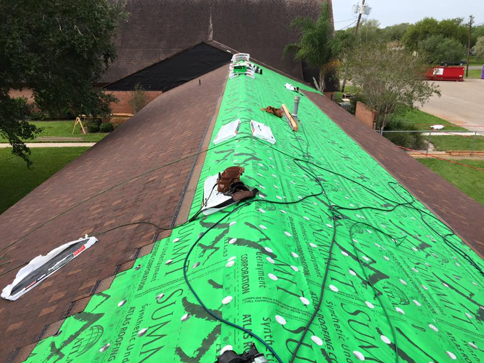 Is it Time for DFW Roofer to Look at Your Roof?