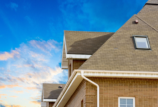 Why You Need a DFW Roofing Contractor in the New Year